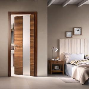 Porta da interno in legno e vetro