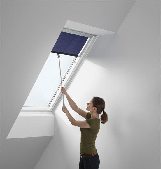 Finestre tetto velux per tetti maffeisistemi vendita online for Velux apertura