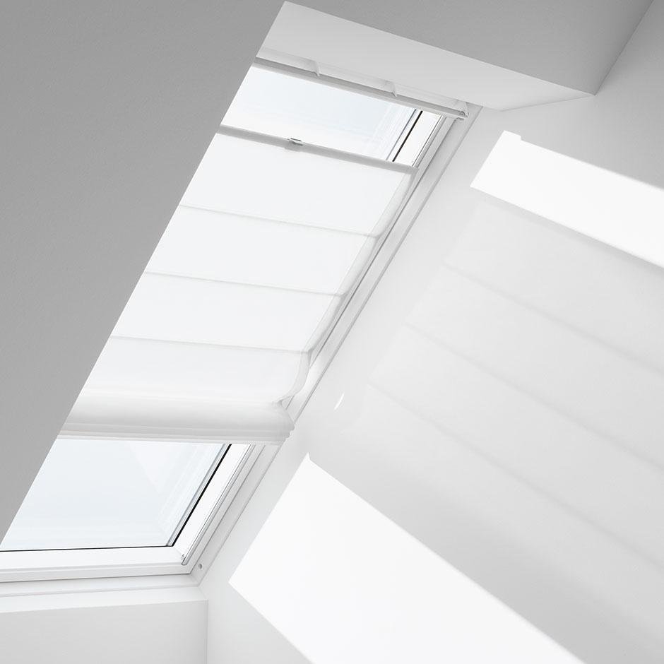 Finestre tetto velux per tetti maffeisistemi vendita online for Velux in alluminio