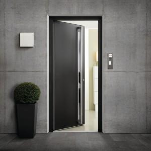 Finstral-Portoncino-Planar-in-alluminio-Serie-Style-mod-01-colore-Sabl---583-antracite