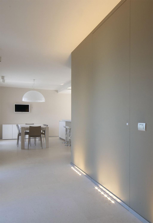 Sistemi raso parete porte raso muro maffeisistemi vendita - Porte raso muro ...