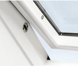 Finestre per tetti inclinati velux maffei sistemi for Velux antieffrazione