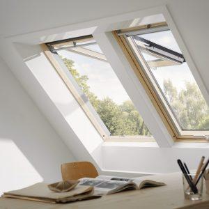 Finestre per tetti inclinati velux maffei sistemi for Finestre velux manuali