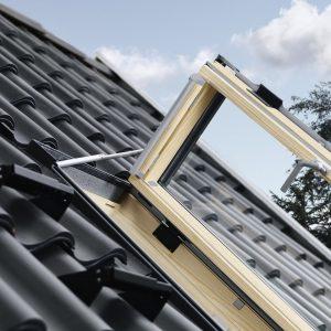 Vendita online di finestre per l 39 uscita sul tetto velux maffei sistemi srl - Finestra sul tetto ...