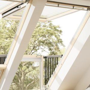 Finestre per tetti inclinati velux maffei sistemi for Velux finestre balcone