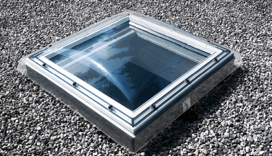 Finestra per tetti piani cfp 0073q fisso antieffrazione for Prodotti velux