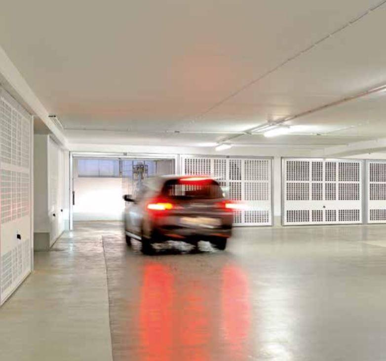 Porta basculante hormann mod berry n80 motivo 914 - Quanto costa porta basculante garage ...
