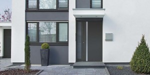 hormann_thermosafe_front_emtrance_doors-1024x475