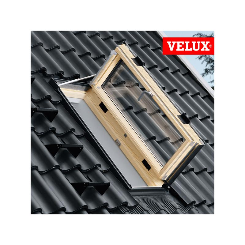 Finestra per linea vita velux gxl 3070 in legno naturale for Velux tetto in legno